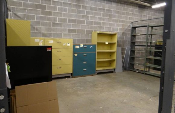 Ways of Bidding in Storage Units