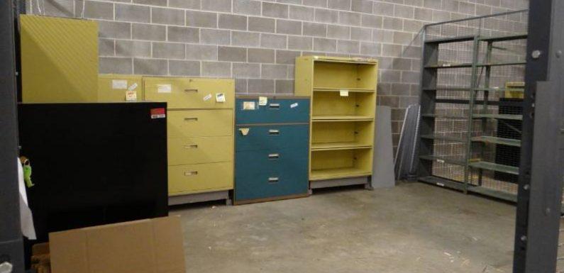 Ways of Bidding in Storage Units